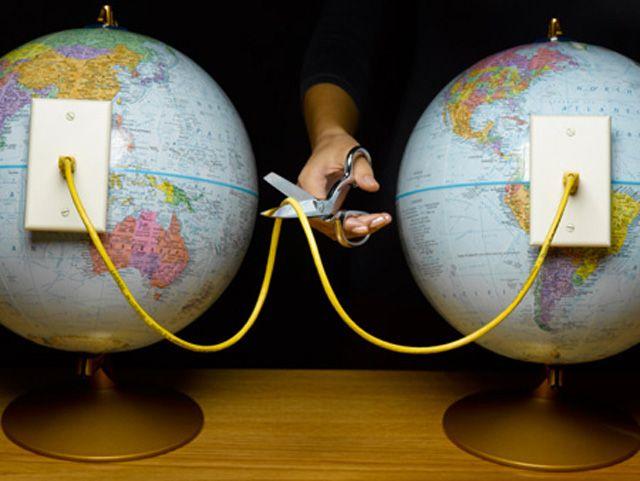 Obama will control internet, signs Emergency