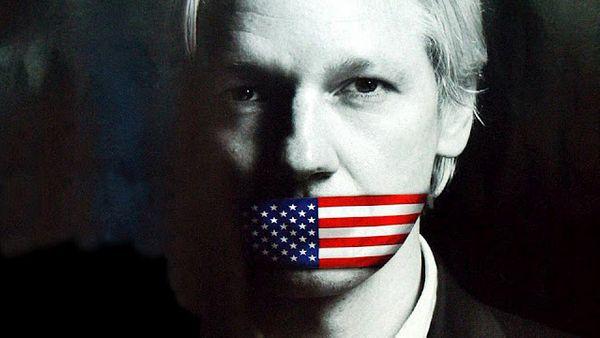 """One Man Fights for 7 Billion People """"Wikileaks"""""""